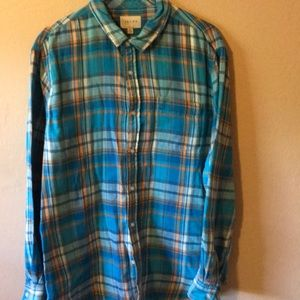 Men's plaid flannel shirt fully lined